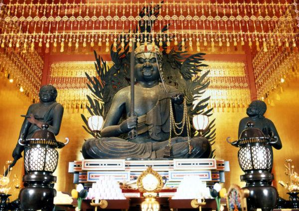 丈六不動明王坐像(重要文化財)